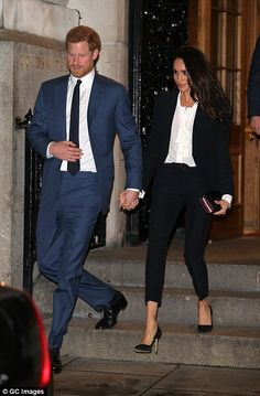 Harry and Meghan leave the Goldsmiths' Hall... #meghanmarkle #princeharry #royals