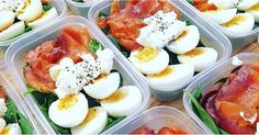 Although Instagram's #mealprep gives us plenty of inspiration, some of the meals on there are pretty complex to throw together. When you don't have the time or