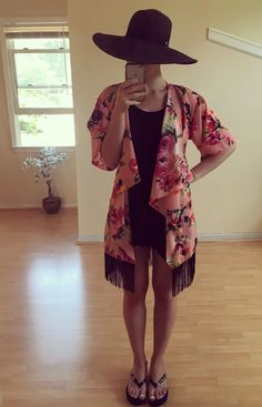 LLR Monroe..The perfect layering piece! This is going to be my go to as a beach cover up this summer! Gorgeous floral print and flirty fringe makes this every girl's dream. Lularoe kimono