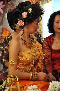 Khmer Wedding by Elle1star, via Flickr