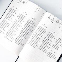 "1,454 curtidas, 7 comentários - maria eduarda (@vestiblr) no Instagram: ""a little galaxy themed spread! {#studyblr #studygram #handwriting #journaling #bujo #bujoideas…"""