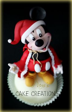 #Disney, Mickey Mouse, Santa, #Christmas #cupcakes