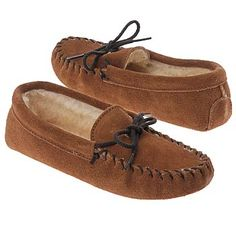Minnetonka Moccasin Pile Lined Slipper Shoes (Brown Suede) - Kids' Shoes - 11.0 M