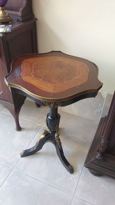 Antique France coffee table maoni wood with bronze decorations