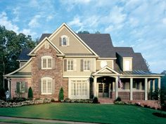 French Country House Plan with 3012 Square Feet and 4 Bedrooms from Dream Home Source | House Plan Code DHSW32206