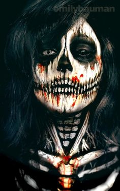 Skeleton Face Painting by Emily Bauman more Halloween inspirations and skull de Halloween Face Paint Scary, Looks Halloween, Halloween Cosplay, Halloween Face Makeup, Halloween Costumes, Scary Face Paint, Zombie Face Paint, Halloween Zombie, Vintage Halloween
