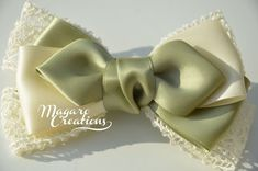 Handmade headbands, hair bows, and hair clips. by MagaroCreations Ribbon Hair Bows, Diy Hair Bows, Bow Hair Clips, Barrette Clip, Ribbon Flower, Lace Ribbon, Teen Hair Bows, Girls Bows, Hair Bow Tutorial