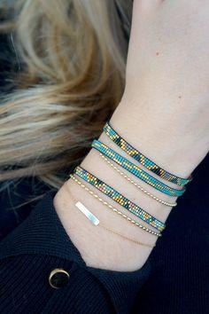 Webarmband mit Miyuki-Perlen vergoldeter Schließe Etsy Bracelet tissage avec Miyuki perles-or plaqué fermoir fabriqué Loom Bracelet Patterns, Bead Loom Bracelets, Bead Loom Patterns, Beaded Jewelry Patterns, Silver Bracelets, Jewelry Bracelets, Embroidery Bracelets, Bracelet Designs, Making Bracelets