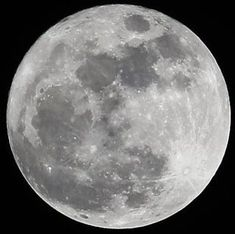 How to Photograph the MOON - moon photography Photography Cheat Sheets, Photography Basics, Photography Contests, Photography Lessons, Night Photography, Scenic Photography, Landscape Photography, Forest Photography, Aerial Photography