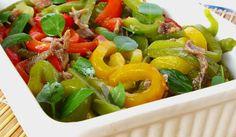 Receita de Salada de Atum e Pimentos - http://www.receitasja.com/receita-de-salada-de-atum-e-pimentos/