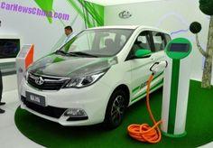 Esta é a nova Changan Oushang EV, um veículo elétrico baseado no próximo  Changan Oushang MPV . O Oushang EV será lançado no mercado chinês de automóveis no início de 2016. O preço é esperado para começar em torno de 150.000 yuan, incluindo todos os subsídios verde-carro
