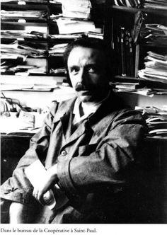 L'édito du numéro de L'Éducateur prolétarien d'octobre 1936, la revue lancée par Célestin Freinet. Lui-même victime de l'hostilité violente de l'extrême-droite menée par Maurras et l'Action française, il avait été, quelques années plus tôt, contraint...