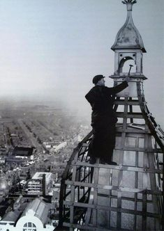 Top of the Blackpool Tower Old Pictures, Old Photos, Retro Pictures, Vintage Photos, Beautiful Castles, Beautiful Places, Blackpool England, Places To Travel, Places To Visit