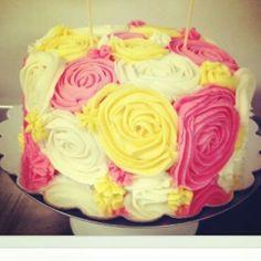 Roses cake. Beautiful!