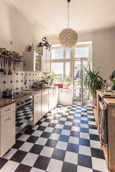 kueche-schwarz-weisser-boden | küche | Pinterest | Küche schwarz ...