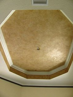 faux painting or solid color.this looks great in any room. It accentuates the architectural detail of the ceiling. Ceiling Painting, Ceiling Murals, Faux Painting, Ceiling Decor, Ceiling Design, Ceiling Ideas, Paint Ceiling, Trey Ceiling, Home Ceiling