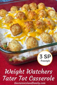 Healthy Weight Weight Watchers Tater Tot Casserole (Only 3 SmartPoints! Freestyle) - Don't give up the good stuff while eating Weight Watchers. This Weight Watchers Tater Tot Casserole is Only 3 SmartPoints! Weight Watcher Dinners, Plats Weight Watchers, Weight Watchers Smart Points, Weight Loss Meals, Weight Watchers Pasta, Weight Watchers Vegetarian, Weight Watchers Freezer Meals, Weight Watchers Program, Tater Tots
