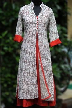 Buy Maati Crafts Gray Cotton Printed Layered kurti online in India at best price.a stylish, contemporary, high collared jacket compliments a rust dress within! they can be worn separately Churidar Designs, Kurti Neck Designs, Kurta Designs Women, Dress Neck Designs, Blouse Designs, Salwar Pattern, Kurta Patterns, Dress Patterns, Indian Dresses