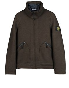 576A6  Jacket in felted wool with raw cut edging. Raised collar with fold-away hood. Two patch pockets with diagonal opening and zip fastening on the front. Entirely unlined. Detachable lining in ultralight nylon padded with down and quilted. Zip fastening.