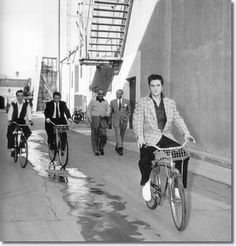 Lakeland Cycle Chic: Vintage Inspiration: Elvis