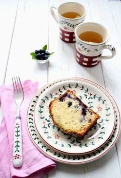 Plumcake ai mirtilli con sciroppo alla menta - Plumcake with blueberry and mint syrup