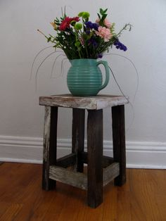 Easy DIY 2x4 wood stool or table
