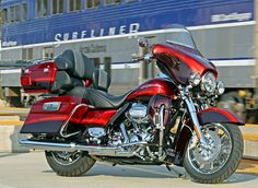 CVO Ultra Classic Electra Glide - my friend's bike - it is beautiful and is so smooth