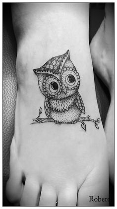 Cute owl foot tattoo #owl #tattoo www.loveitsomuch.com