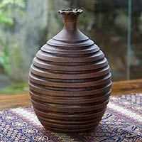 Rustic El Salvador: Bring home a piece of rustic El Salvador with one of these beautiful earth-tone vases.