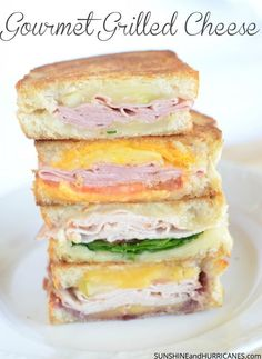 That grilled cheese sandwich you loved as a kid is ready for a grown up, gourmet makeover. These ideas add vegetables, fruit, and exciting spreads to make an exciting family dinner. Perfect for gameda Sandwiches For Lunch, Wrap Sandwiches, Sandwich Recipes, Grilled Recipes, Delicious Sandwiches, Grilled Cheese Bar, Fast Dinners, Quick Easy Meals, Healthy Snacks