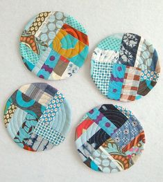 Scrap Fabric Projects, Fabric Crafts, Sewing Crafts, Sewing Projects, Sewing Ideas, Diy Projects, Fabric Beads, Fabric Remnants, Fabric Strips