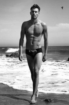 Las mejores fotos de Andreas Eriksen desnudo