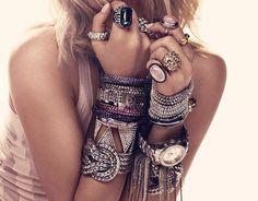 BRACELET GLAMOUR RINGS DIAMONDS