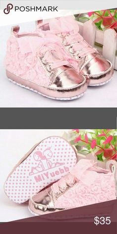 0-6 Month Pink Floral Fashion Shoes Adorable for any baby girl. Flowers on the outside, pink ribbon ties.  Size 0-6 months  Made in China Shoes Baby & Walker