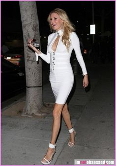 Brandi Glanville Her Dog Is Missing! Celebrity Gossip, Celebrity News, Brandi Glanville, Papa Razzi, Erica Lauren, Housewives Of Beverly Hills, Hollywood Gossip, Sexy Legs, White Dress