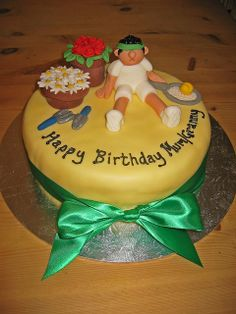 Gardening & Tennis by BBCakes, via Flickr Cute! #tennis #themed parties #tennis theme http://www.centroreservas.com/