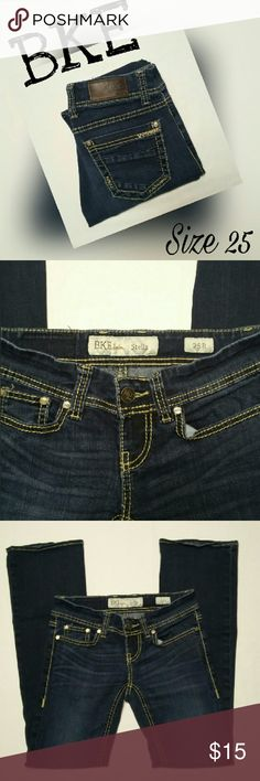 """BKE STELLA DARK WASH JEANS SZ 25 Excellent preownend condition. MEASUREMENTS ARE AS FOLLOWED. LYING FLAT SIDE TO SIDE. WAIST 14"""" HIPS 15.5"""" RISE 6.5"""" INSEAM 30"""" PLEASE READ THESE BEFORE YOU BUY. **NOTE** ACTUAL MEASUREMENTS MAY DIFFER FROM THE TAG SINCE THESE ARE PREOWNED AND HAVE BEEN WASHED DRIED AND WORN. BKE Jeans"""