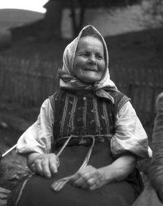 #Žakarovce #Spiš #Slovensko #Словакия #Slovakia The Older I Get, Eastern Europe, Traditional Dresses, Old Women, Old Photos, Nostalgia, Old Things, Retro, Folk Clothing