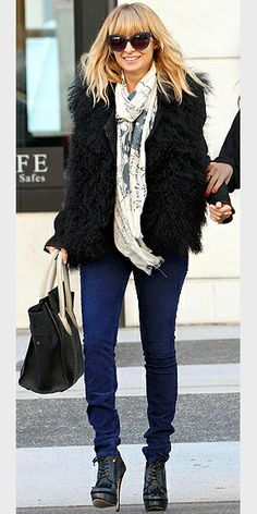 NICOLE RICHIE photo | Nicole Richie :: I've rarely noticed her before.. I actually like her style these days