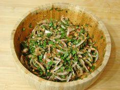 Bezirgan Salatası Tarifi Yapılış Aşaması 6/8 Green Beans, Risotto, Beverages, Keto, Salad, Meals, Vegetables, Ethnic Recipes, Food