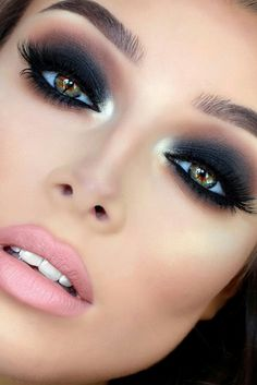 Smoky eyeshadow so pretty