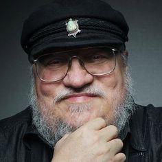 Autor de <i>Game of Thrones</i> explica por qué escribió su más polémico capítulo