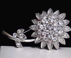 Vintage LG Detailed Cutaway Tiered Silver Tone Diamante Rhinestone Flower Brooch #UnsignedBeauty #RhinestoneCutawayLongStemFlowerBrooch