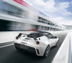 https://i.pinimg.com/236x/f5/d4/50/f5d45004c9439130b522f127e5c33500--lotus-evora-car-pictures.jpg