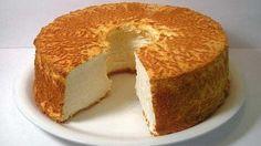 Невероятно вкусный, воздушный бисквит на сметане будет предметом Вашей гордости и Вашим фирменным десертом! Его рецепт будут выпрашивать все гости.
