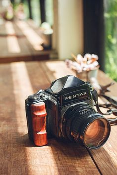 I just Custom Wooden Grip (right hand) for  Pextax6x7 /Pentax67.  _______________________ Anyone interested please  contact me : myoatmail@gmail.com
