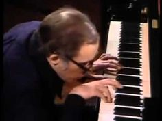 """The absolutely wonderful Johann Sebastian Bach´s """"Goldberg Variations"""" shared by the absolutely magnificent Glenn Gould. Oh!. Wow!"""