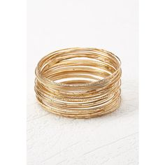 Forever 21 Etched Bangle Set ($5.90) ❤ liked on Polyvore featuring jewelry, bracelets, hinged bangle, bracelet bangle, bangle bracelet, forever 21 jewelry and etched jewelry