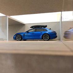 "1/43 Porsche Collection on Instagram: ""Roof Box 😍  #porsche #143scale #scale143 #panamera #4s #panamerahybrid #roofbox #nurburgring #daytona #lemans #24hoursoflemans #spark…"""