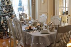 Aiken House & Gardens: Romantic Brown & White Transferware Tablescape